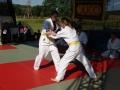 Pokazowa walka dziewcząt